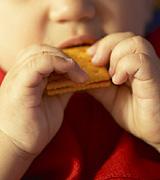 crianca-comendo.jpg