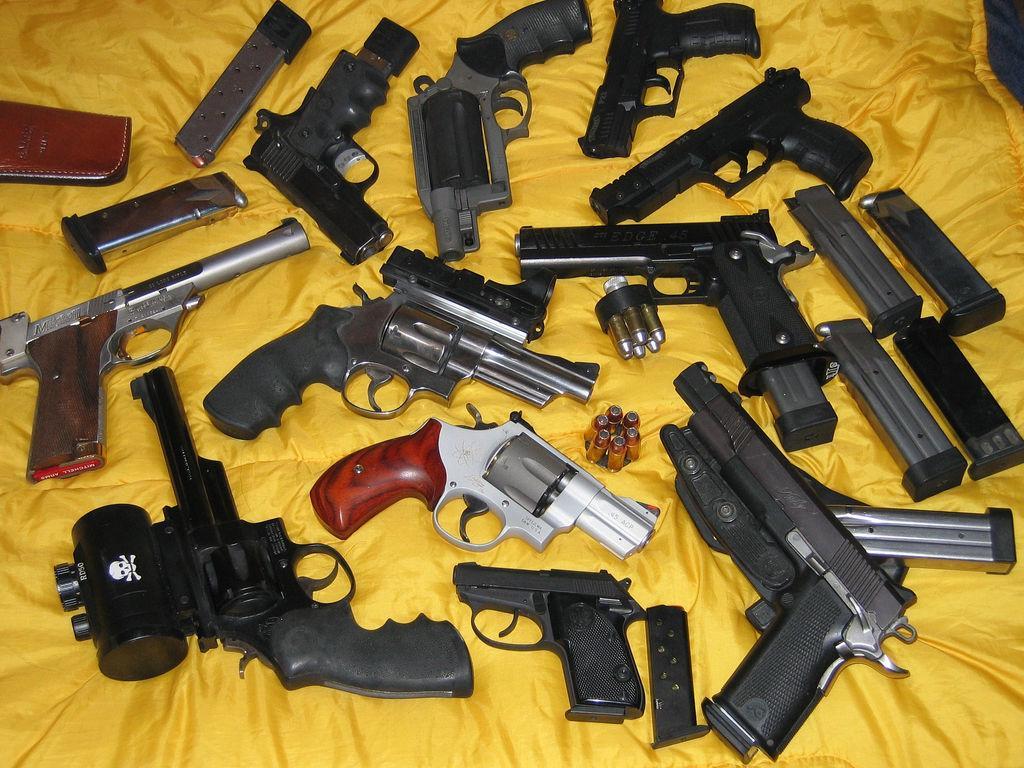 Resultado de imagem para armas